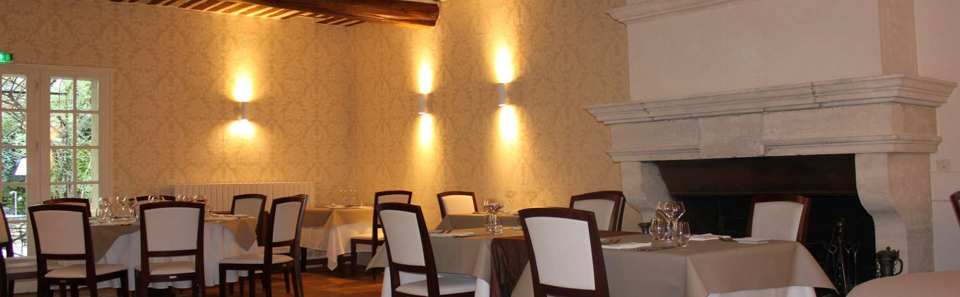 Mas de Cure Bourse - Salle_Restaurant_2.jpg
