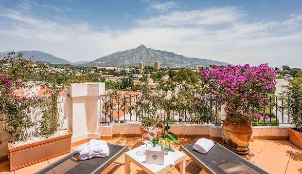 Séjour hébergé dans une suite avec terrasse sur la côte andalouse de Marbella