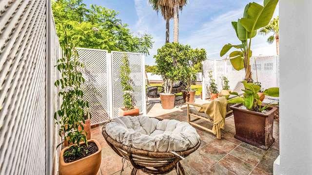 Séjour hébergé dans une suite entourée d'un très grand jardin à deux pas de Marbella