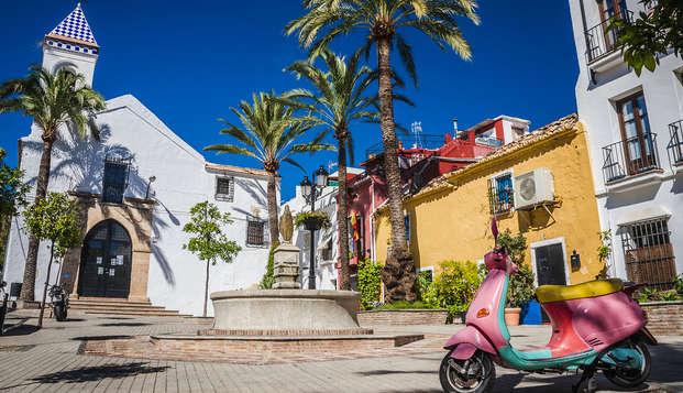 Séjour romantique près de la côte andalouse de Marbella hébergé dans une suite, Cava inclus