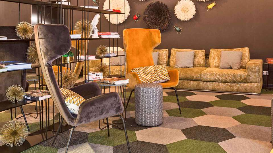 IBIS Styles Amsterdam Airport - EDIT_Tulip_Inn_Media_Lounge_02.jpg