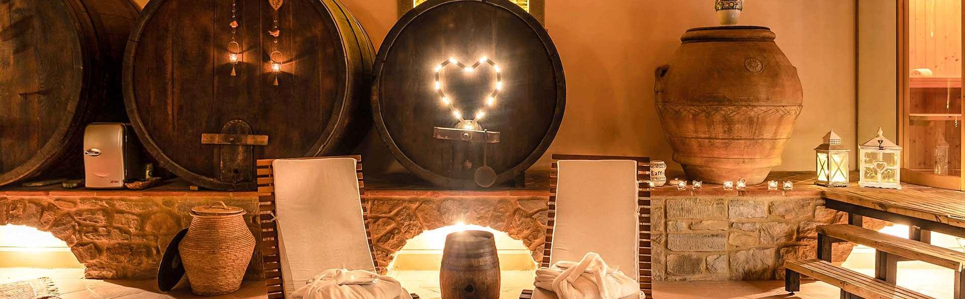 Week-end romantique en Toscane avec spa privé et dîner typique dans les collines d'Arezzo