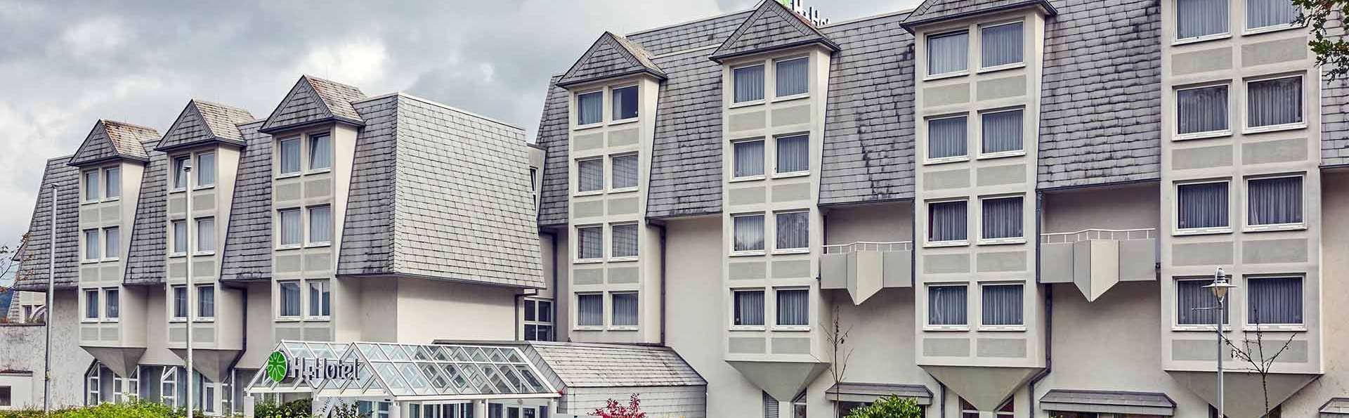 H+ Hotel Wiesbaden-Niedernhausen - EDIT_h-hotels_aussenansicht-tag-01-hplus-hotel-wiesbaden-niedernhausen_Original__kommerz._Nutzung__02.jpg