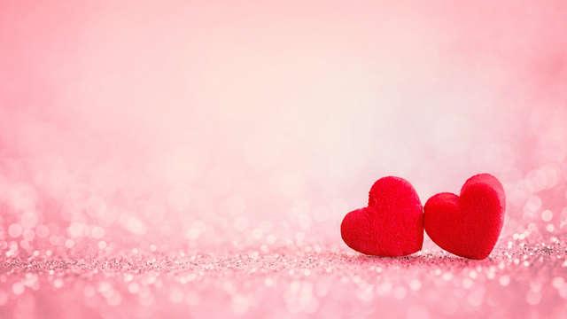 Especial San Valentín: Romanticismo en Alcoy con cena especial, música en directo y jacuzzi