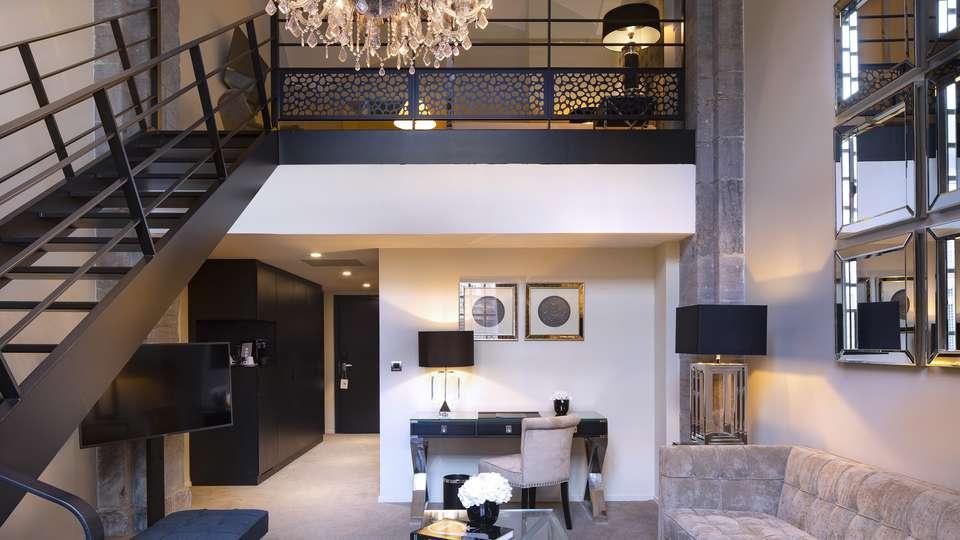 Royal Hainaut Spa & Resort Hotel - Edit_Suite_Duplex_MD_6.jpg