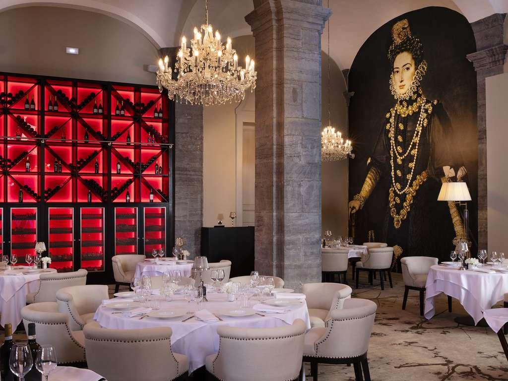 Luxe, spa et gastronomie Italienne dans le centre de Valenciennes 4* - 1