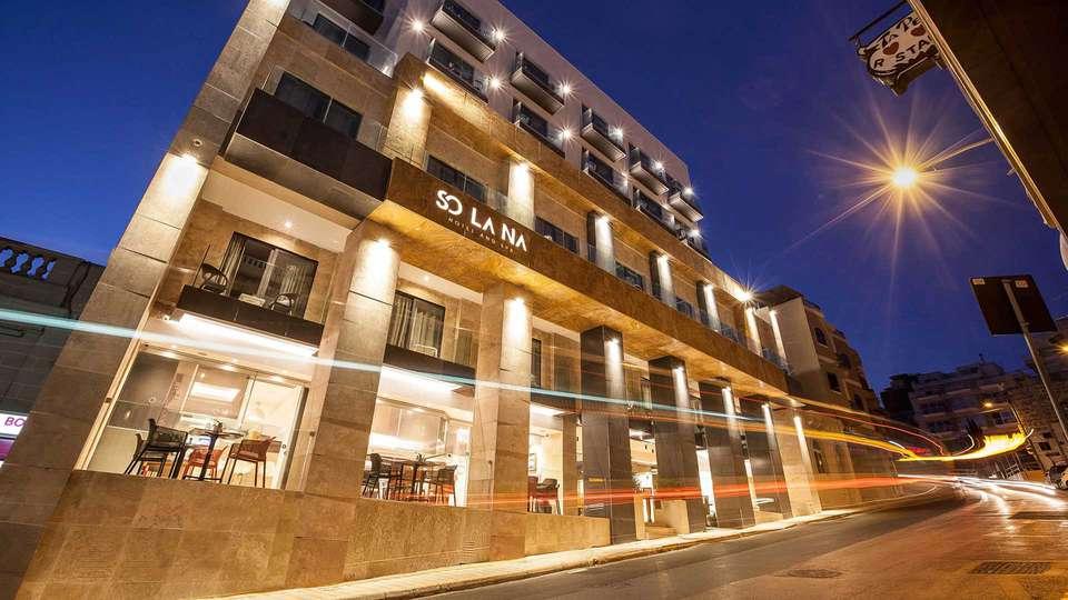 Solana Hotel and Spa - EDIT_facade_01.jpg