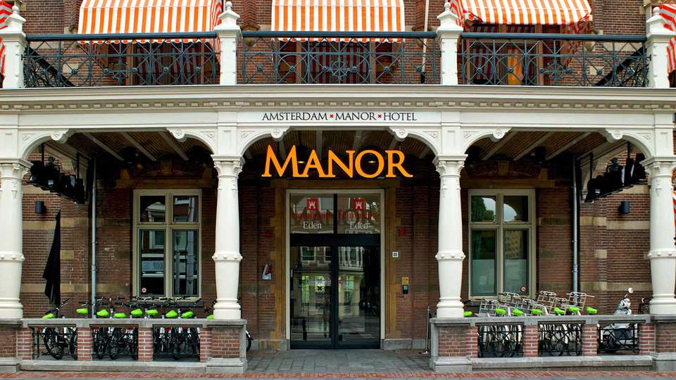 The Manor Amsterdam - EDIT_the-manor-exterieur-entree-fietsen_01.jpg