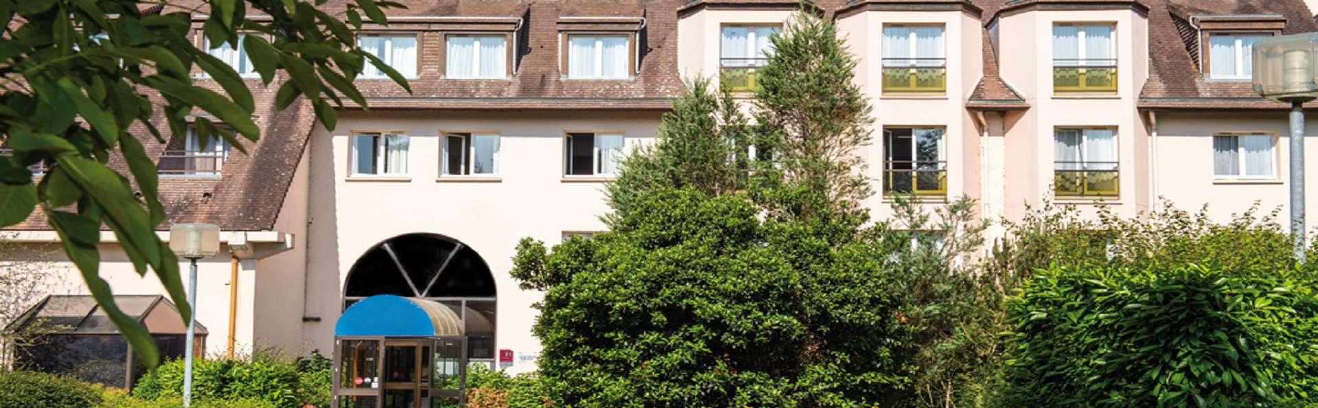 Les Jardins de Deauville - EDIT_Front_012020.jpg