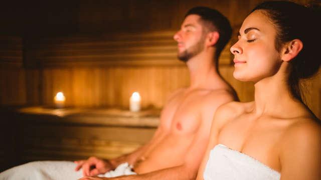 Escapada romántica en el Campello con cava, sauna y sesión de jacuzzi privado