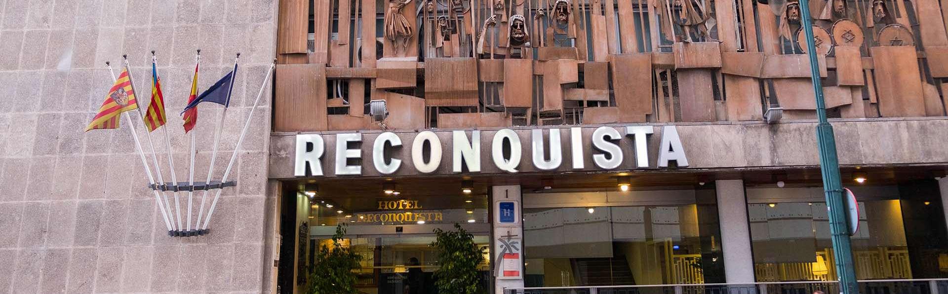 Hotel Reconquista - EDIT_EXTERIOR_02.jpg
