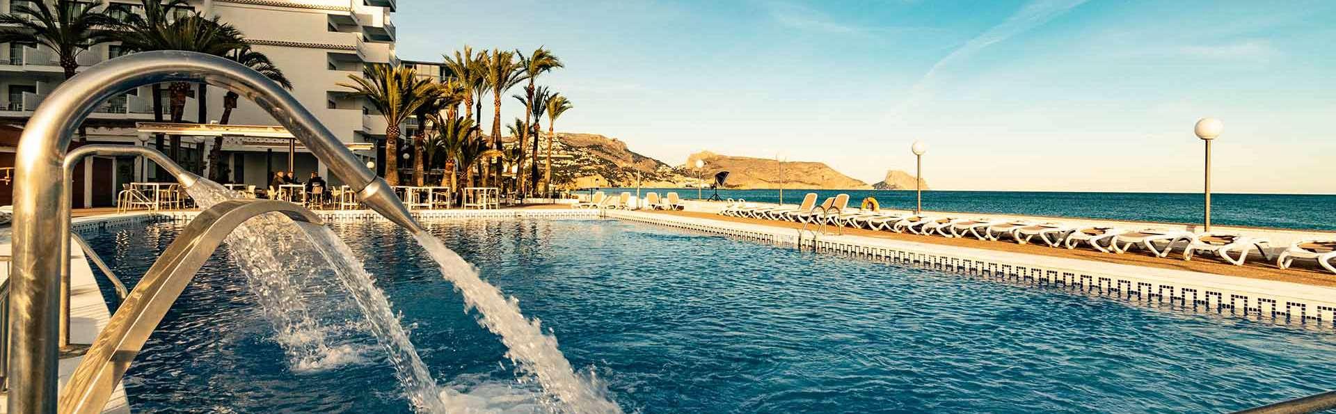 Hotel Cap Negret - EDIT_Exteriores_02.jpg