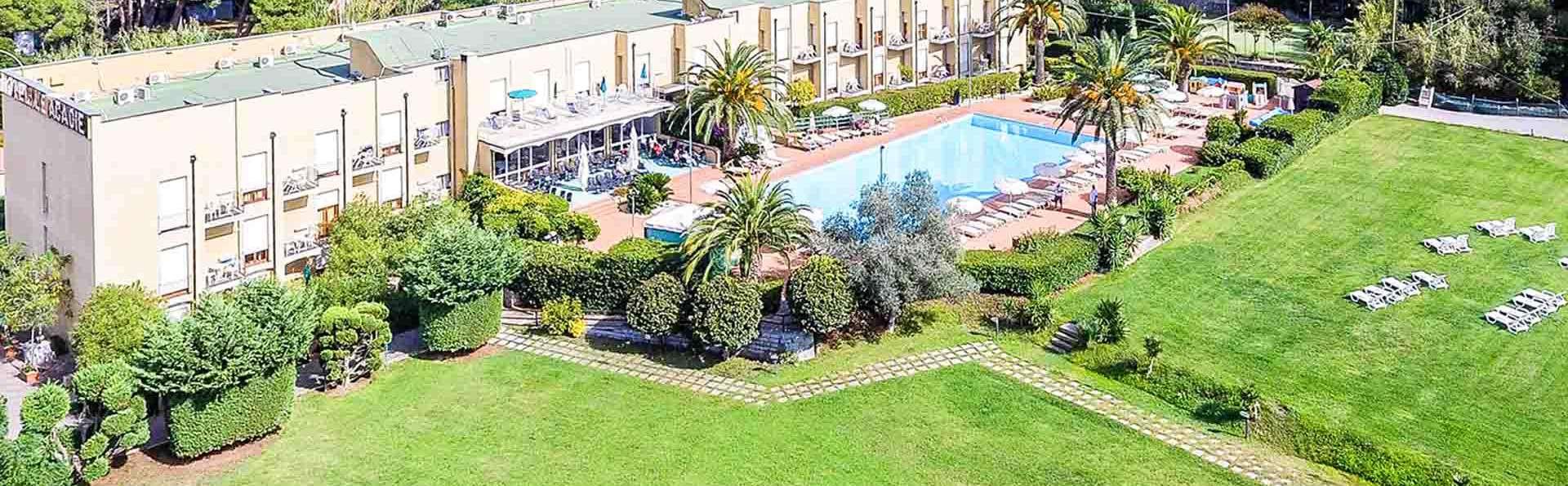 Hotel & Residence Le Acacie - EDIT_AERIAL_01.jpg