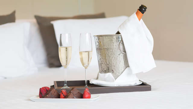 Romance au champagne et gourmandises pour la Saint-Valentin