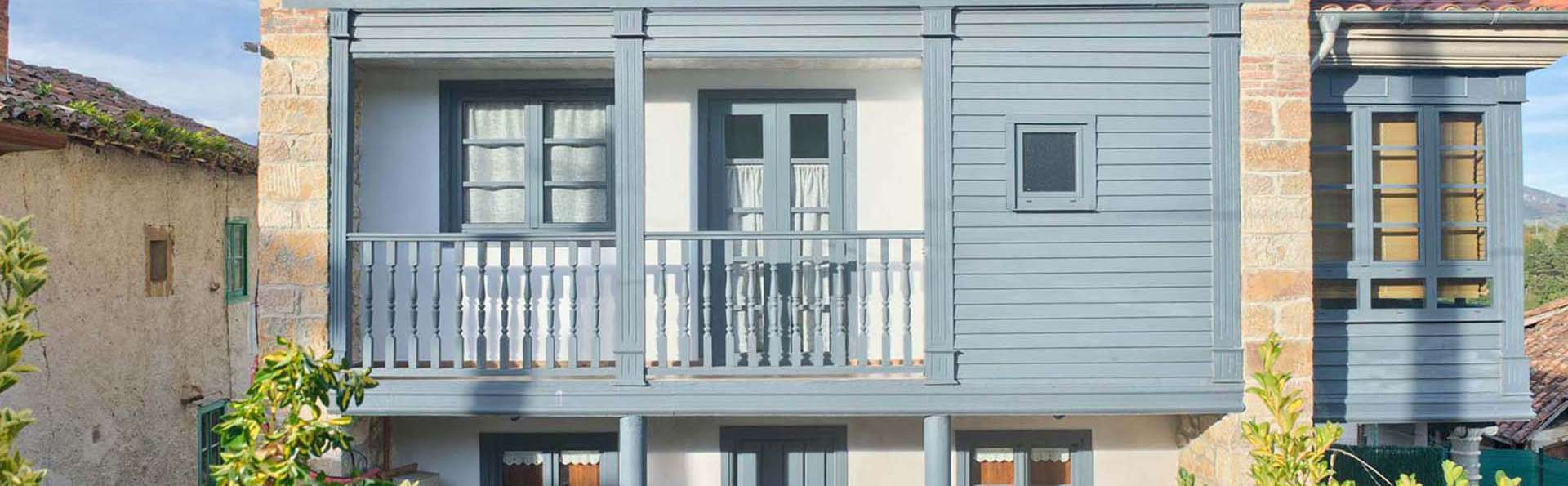 Apartamentos La Llongar Piloña - EDIT_FACHADA_CORREDOR_LA_LLONGAR_01.jpg