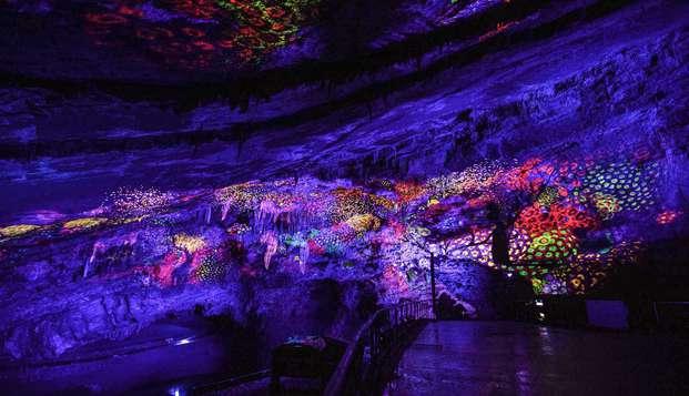 Séjournez au cœur des Ardennes et découvrez le Domaine des Grottes de Han