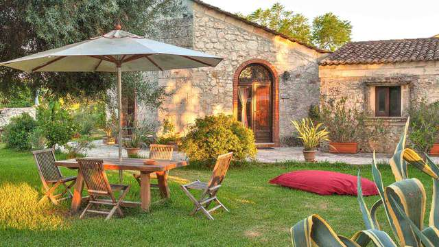 Villa Dei Papiri