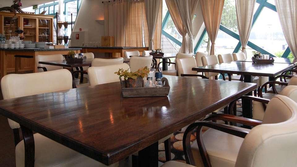 Best Western Hotel Nobis - EDIT_Brasserie_02.jpg
