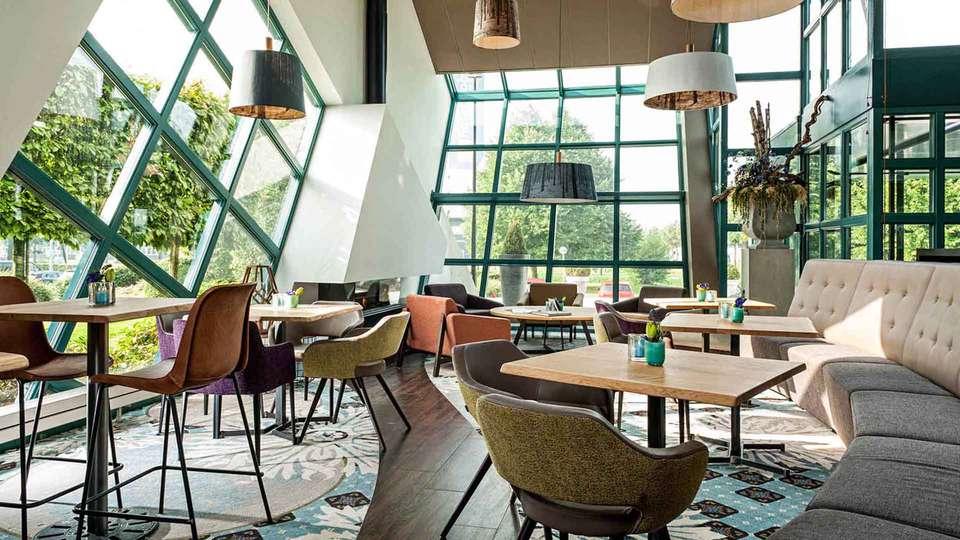 Best Western Hotel Nobis - EDIT_Lobby_01.jpg