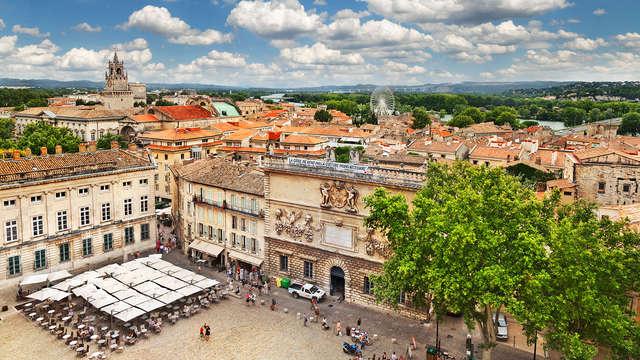 Découvrez Avignon dans un hôtel 3* de charme en plein cœur de la ville