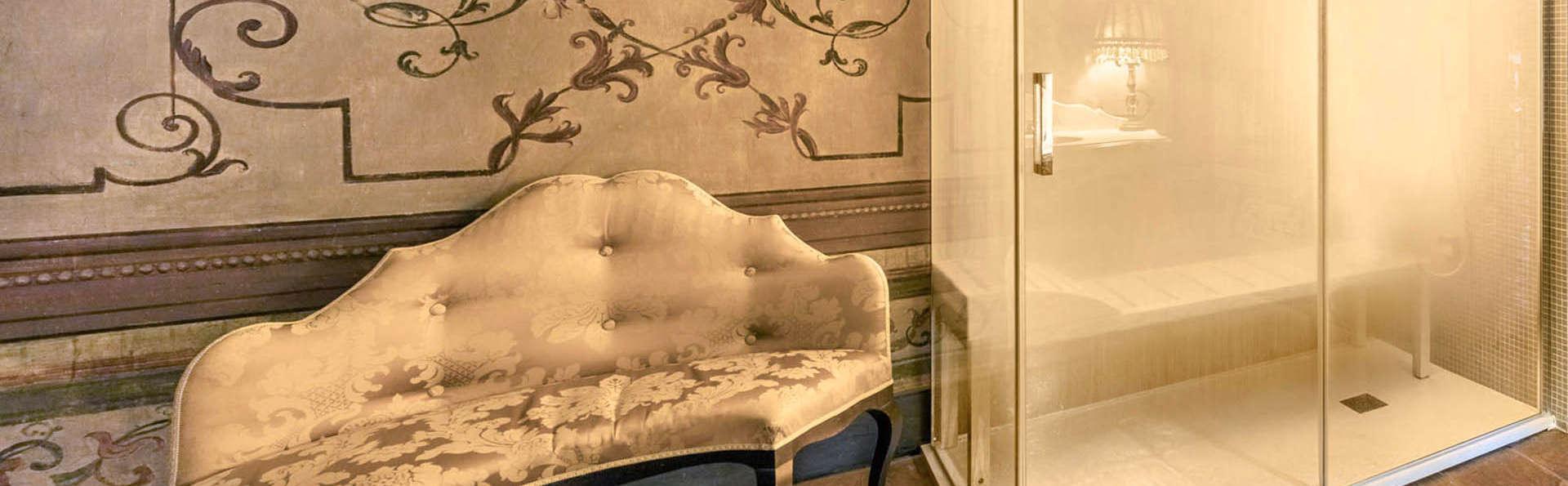 Romance en el castillo de Limatola: noche en una suite con jacuzzi, hammam y cena