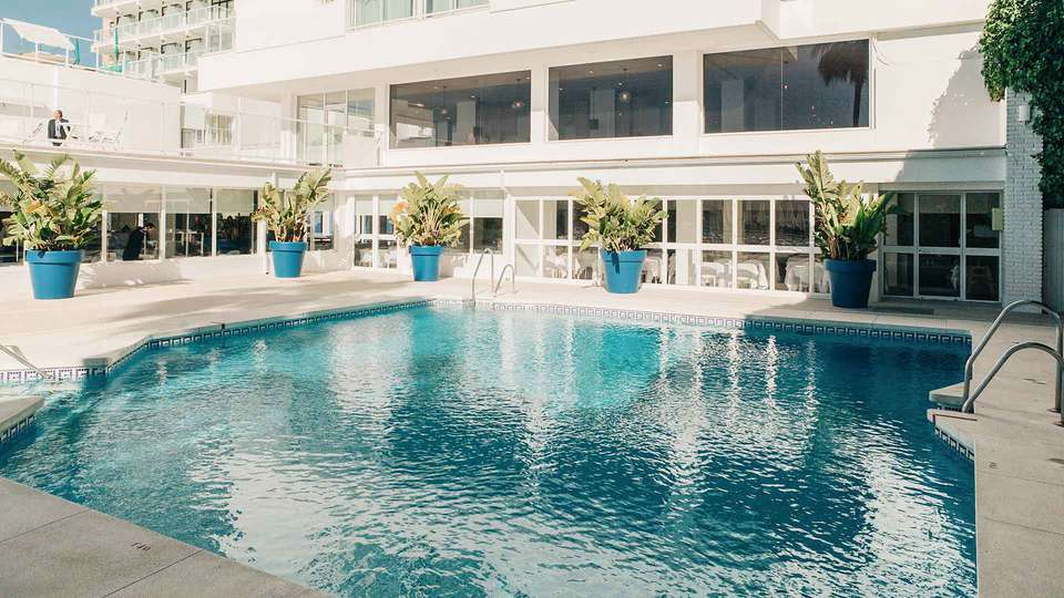 Hotel Alay - Adults Only - EDIT_POOL_01.jpg