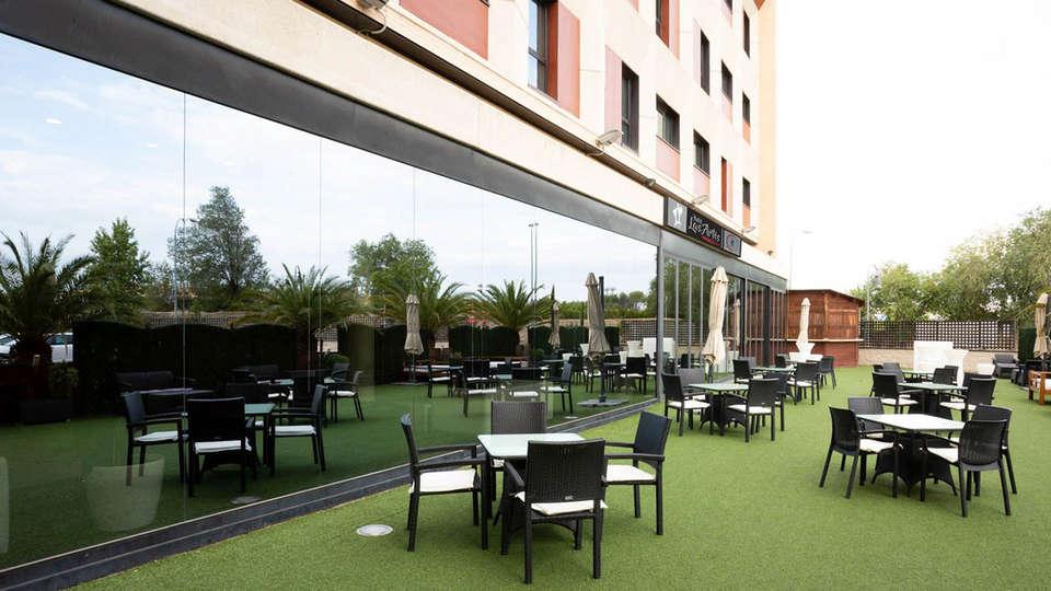 Hotel Las Artes - EDIT_Ter_mesas_02.jpg