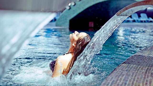 Escapada relax en Gijón con acceso a spa, toque romántico y salida tardía
