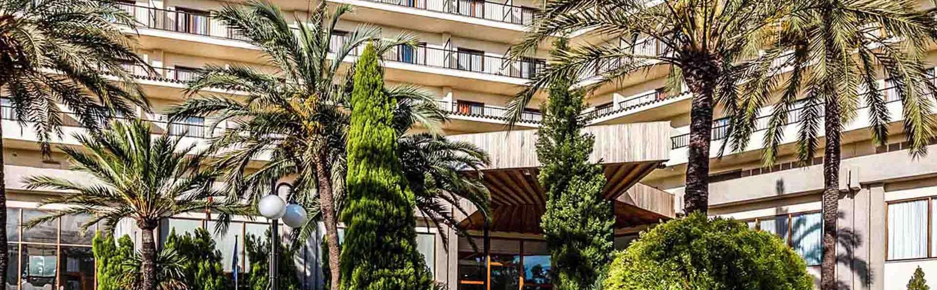 Hotel Intur Orange - EDIT_Fachada_01.jpg