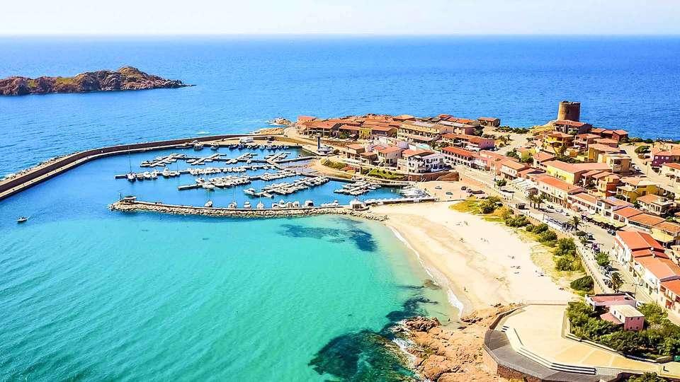 A.I.R. Isola Rossa Borgo di Mare - EDIT_foto_aerea_borgo_01.jpg