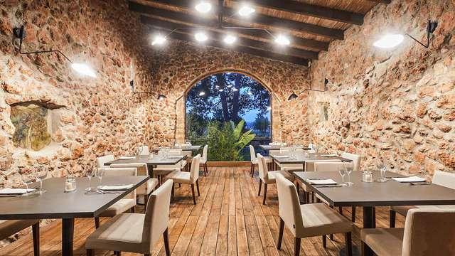 Escapada con Cena y botella de cava en un entorno rural del interior de la isla de Mallorca