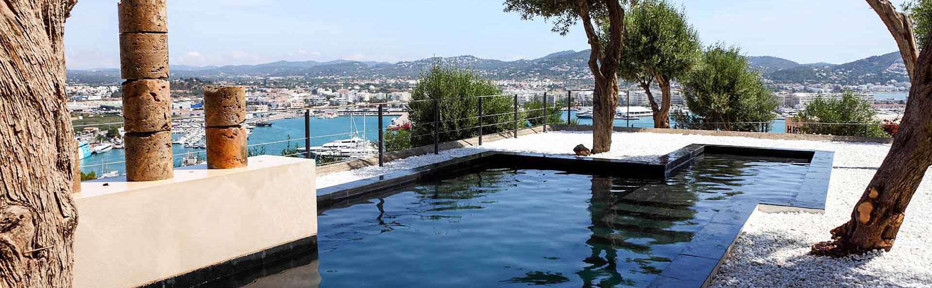 Hotel La Torre del Canónigo - EDIT_piscina_01.jpg