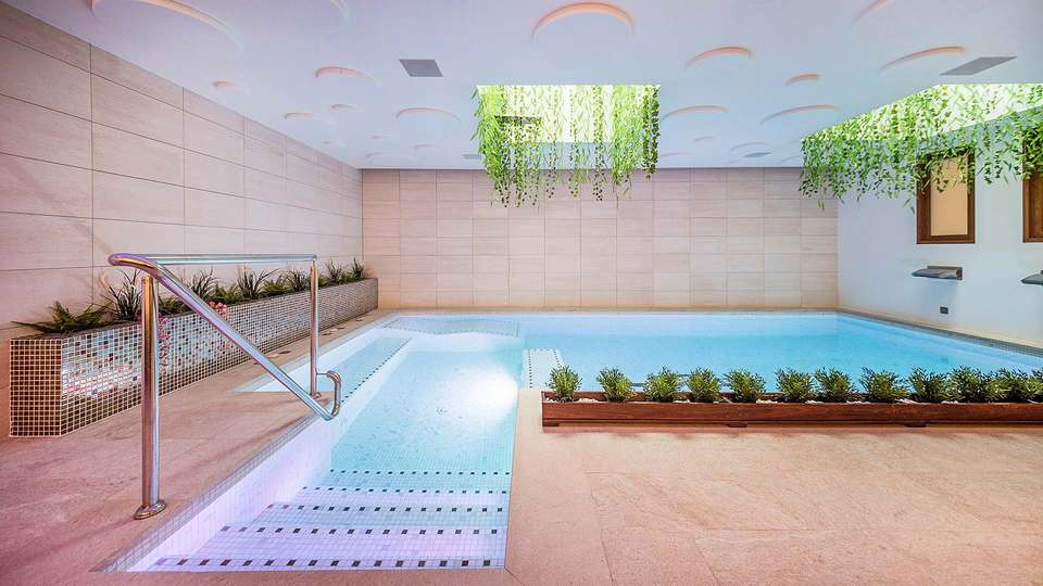 Sono & Spa (Adults Only) - EDIT_POOL_02.jpg