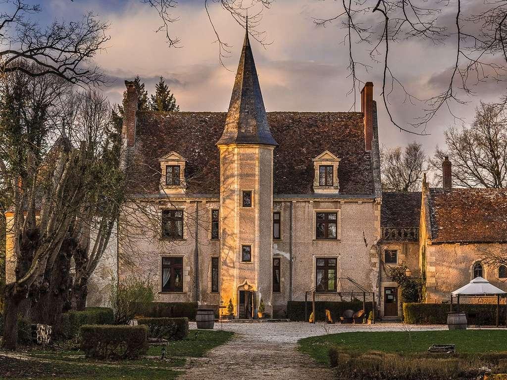Séjour Bourgogne - Week-end dans un Château à Le Sallay  - 4*