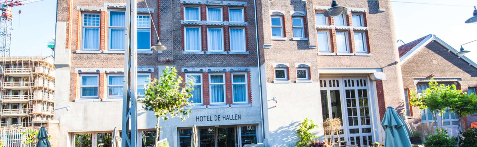 Hotel De Hallen - EDIT_Hotel_De_Hallen_Entrance.jpg