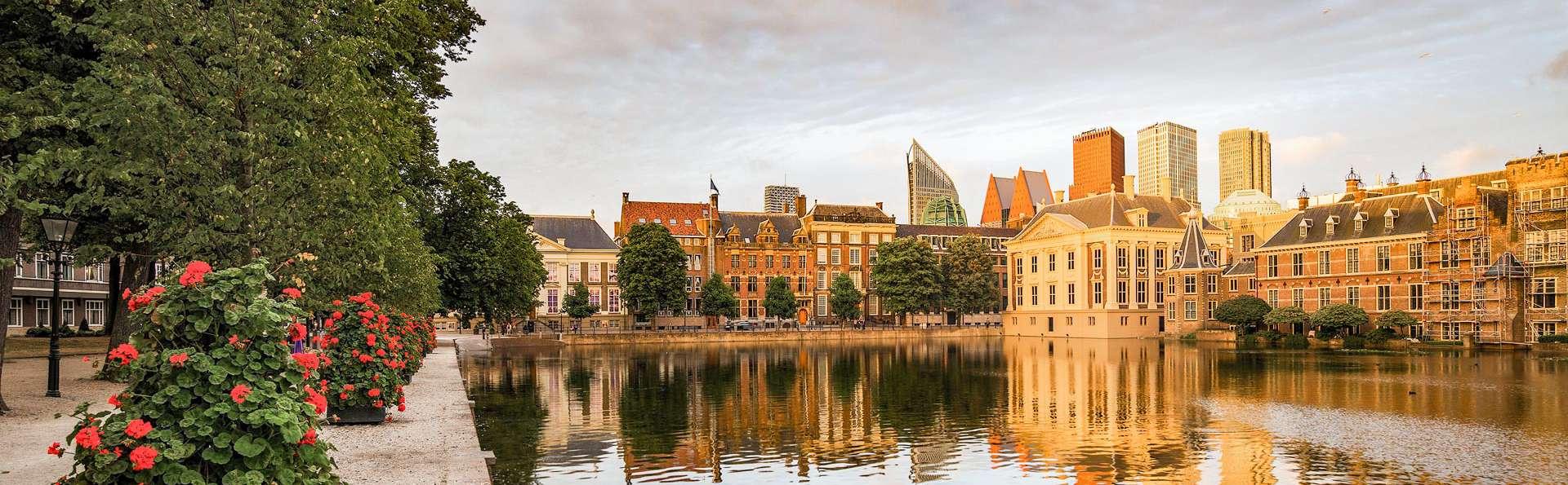 Découvrez La Haye dans un hôtel chic avec petit déjeuner et verre de bienvenue