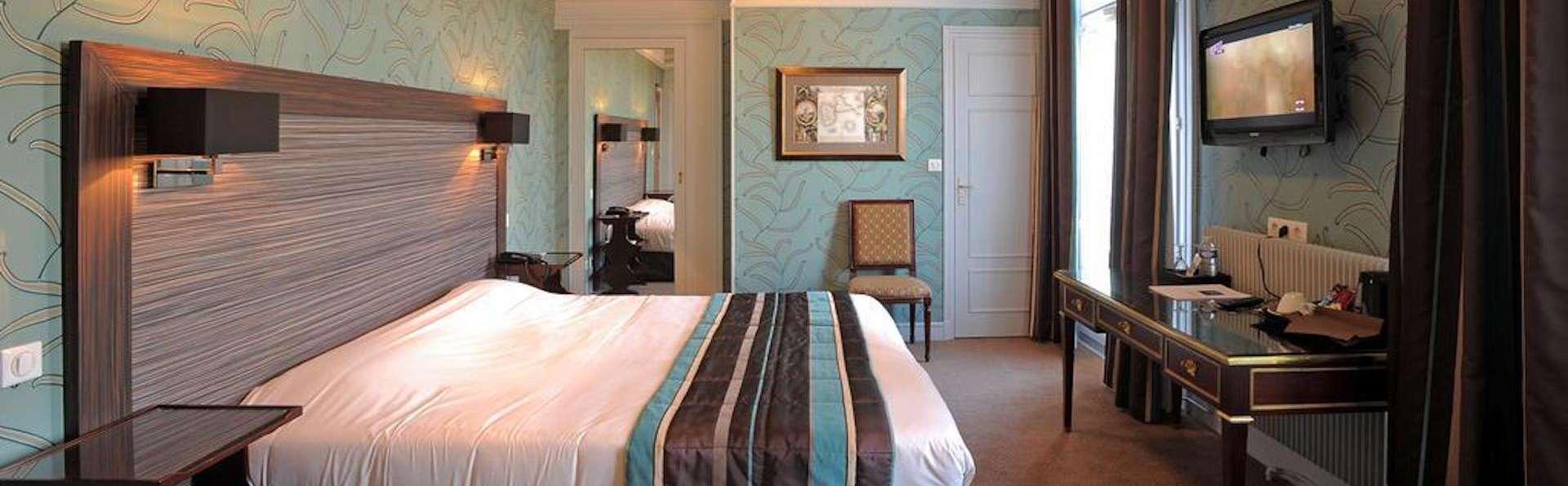 Le Grand Hôtel de Tours - SUPERIEURE_-_copie.jpg