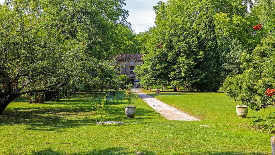 Château de Roussan - chteau-roussan-parc-BD.jpg