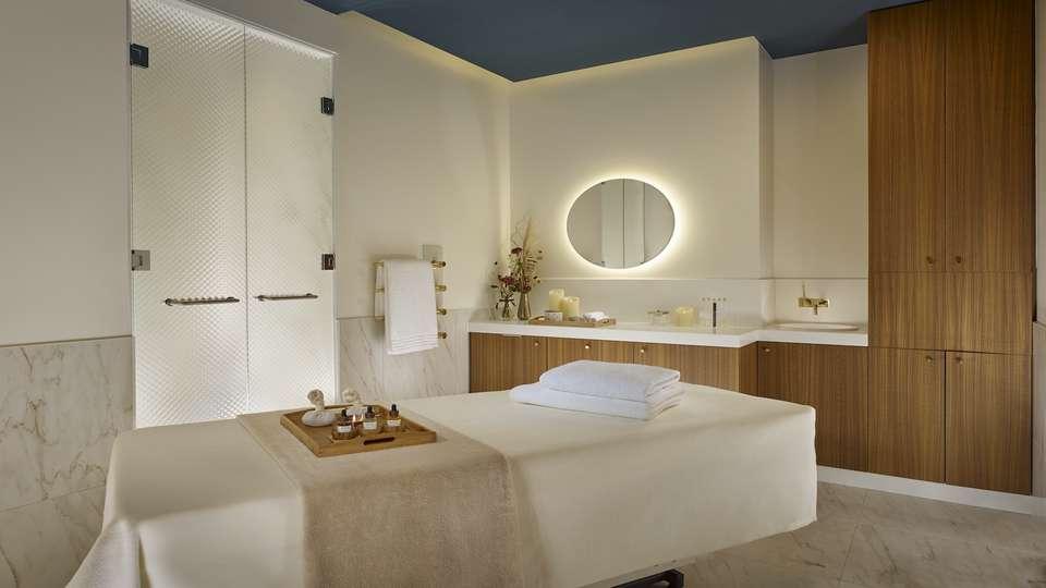 La Caserne Chanzy Hotel & Spa, Autograph Collection - AK_RHEAK_Treatment_Cabin_Single_-_copie.jpg