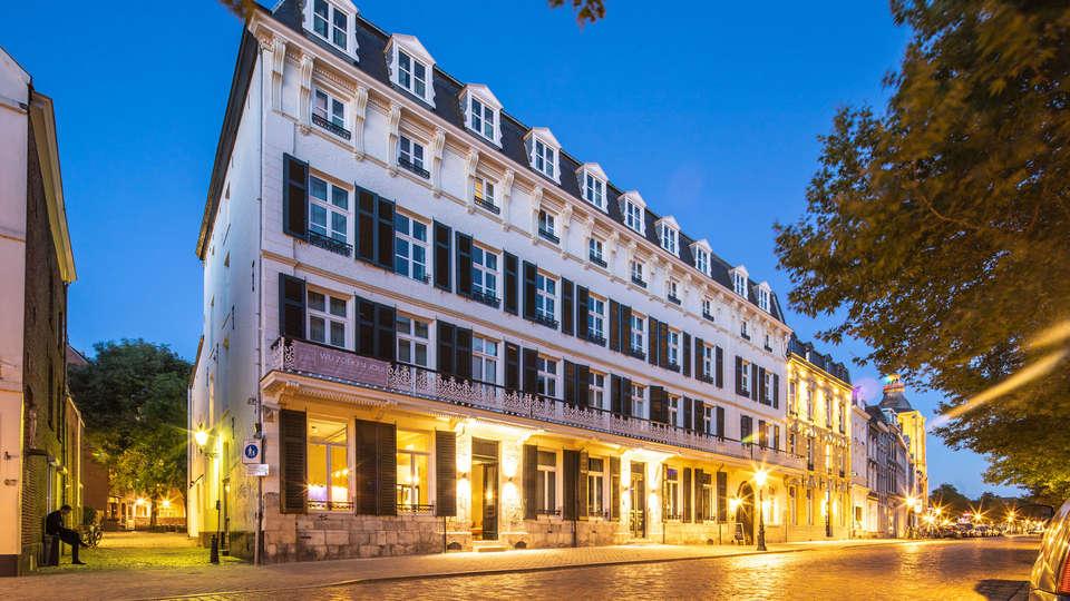 Hotel Monastere Maastricht - EDIT_LucasKemper_Monaste_re_outside-14LR.jpg