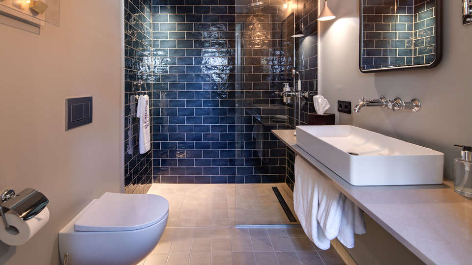 Hotel Monastere Maastricht - EDIT_LucasKemper_Monaste_re_room120_FamilyRoom-9LR.jpg