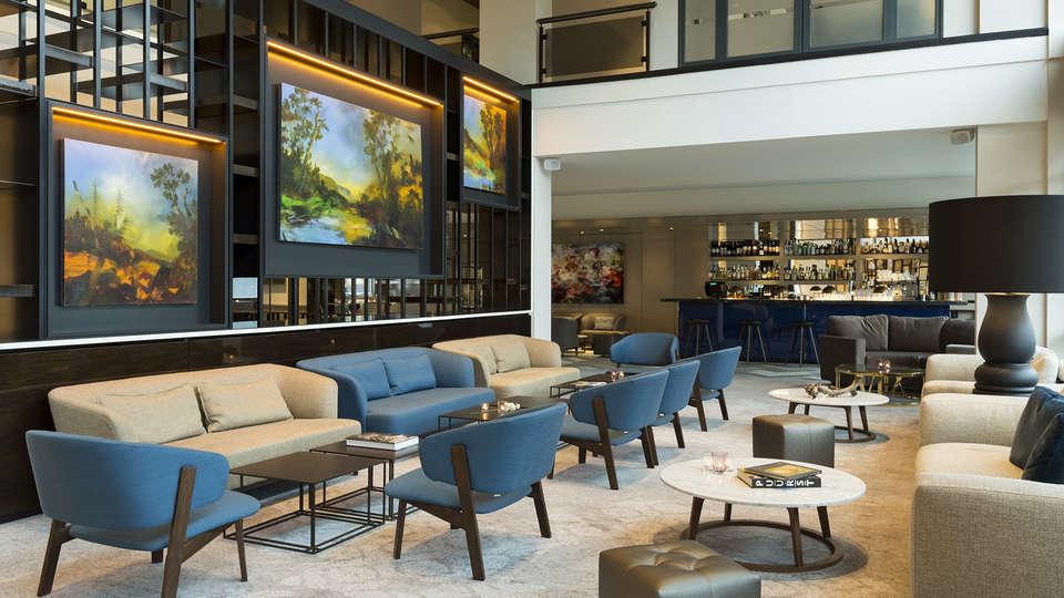 Marriott Hotel The Hague  - EDIT_MH_RTMMC_greatroom_bar.jpg
