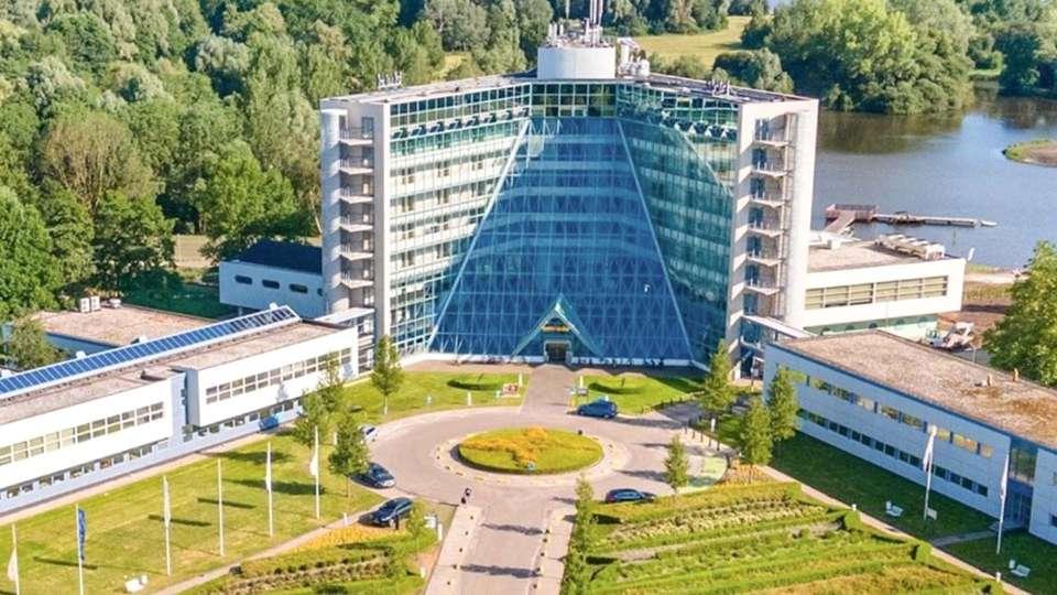 Best Western Plus Hotel Groningen Plaza - EDIT_EXTERIOR_02__1_.jpg