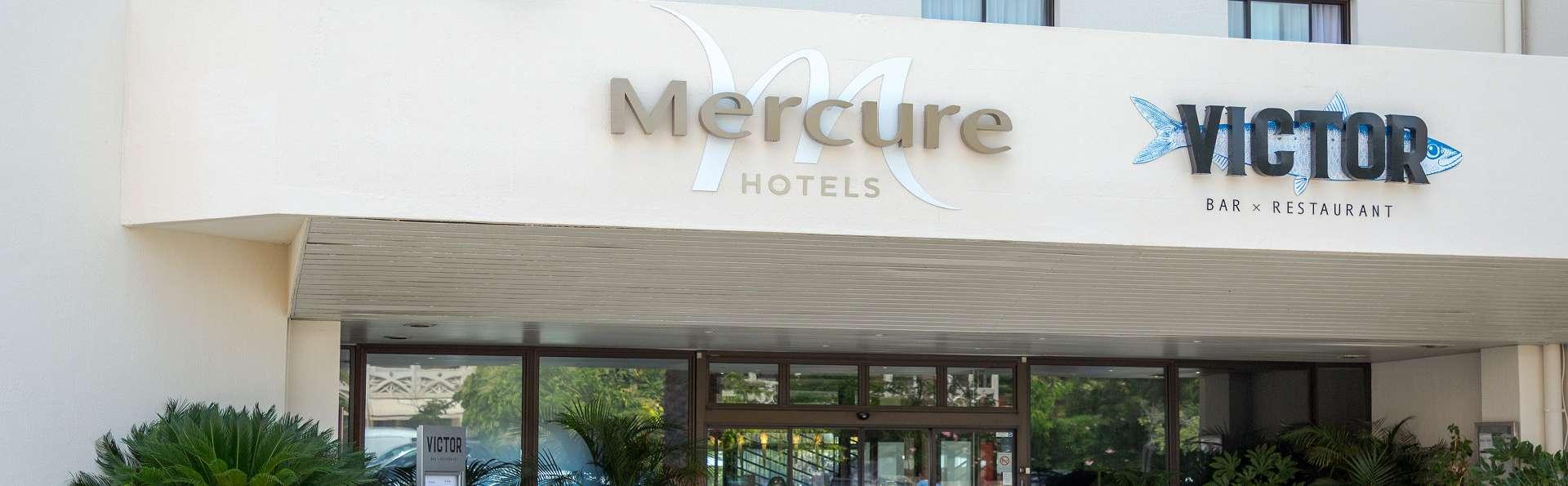 Mercure Hyères Centre - Nico_Gomez_-_HTL_Mercure_-_Hyeres_-_facade__entree.jpg