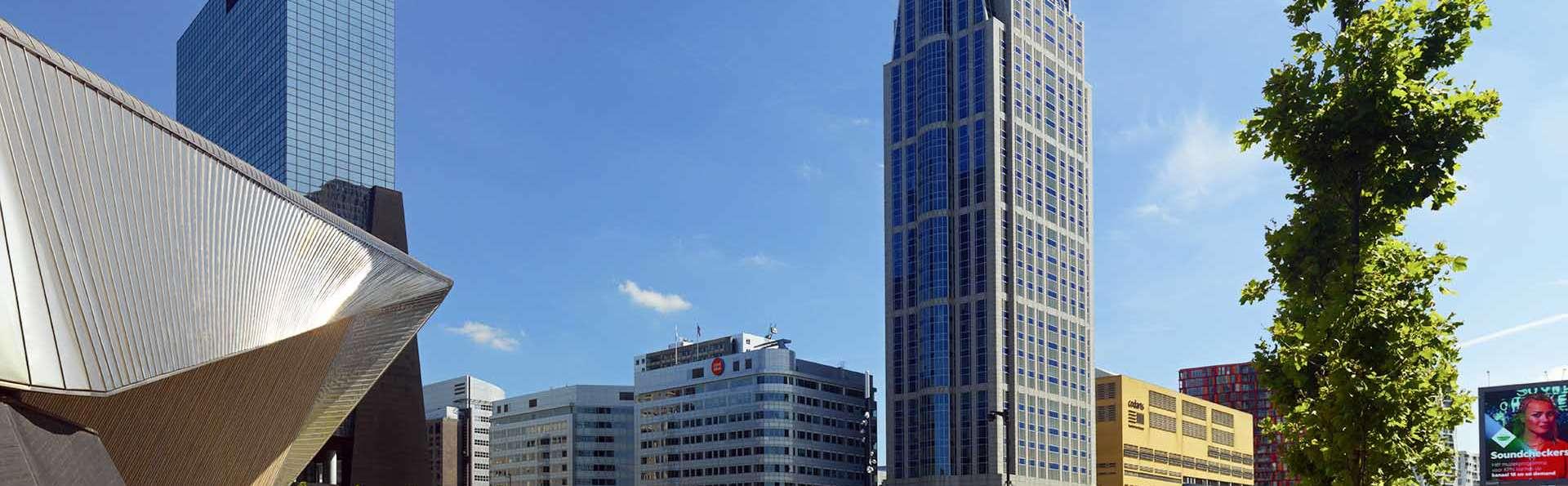 Admirez la vue sur Rotterdam depuis un luxueux 5*