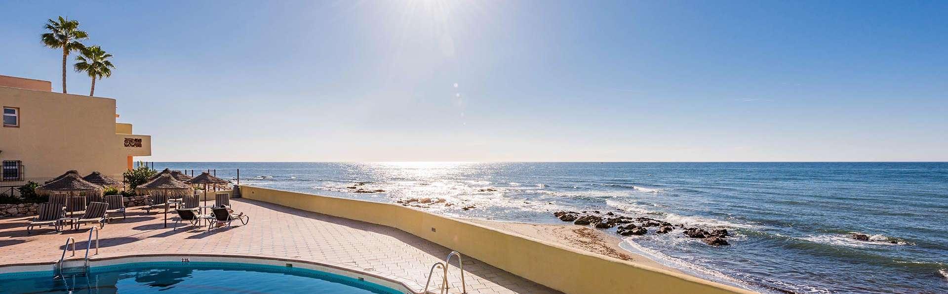 En famille dans un appartement face à la plage sur la Costa del Sol