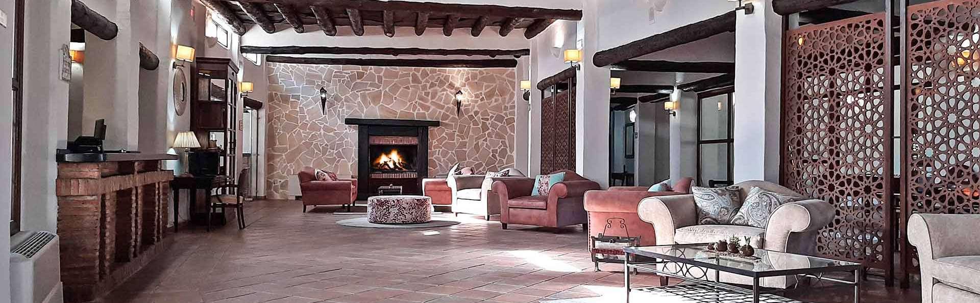 Hotel Apartamento Nueva Alcazaba  - EDIT_Recepcion_Entrada_01.jpg