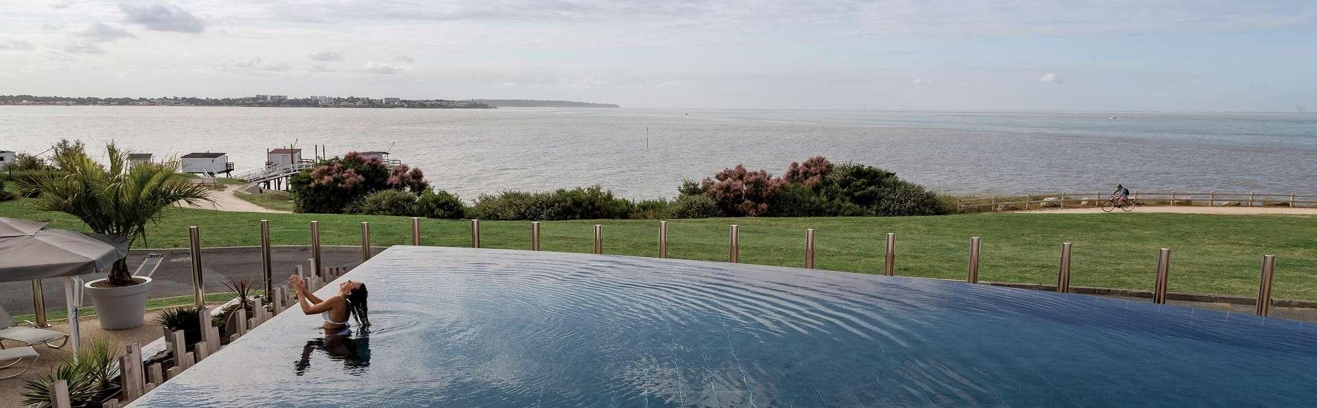 Hôtel Cordouan & Spa by Thalazur - EDIT_piscine.jpg