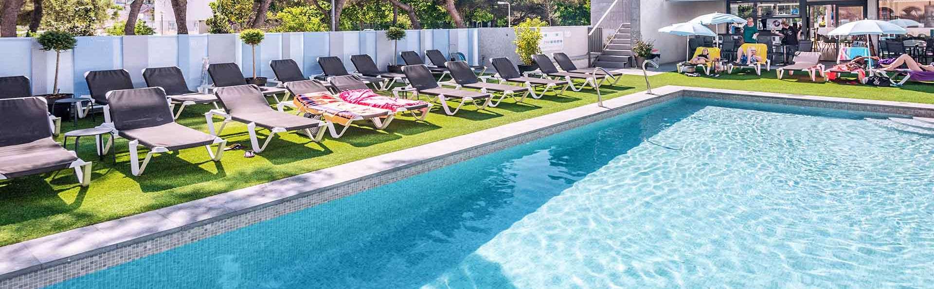 Hotel GHT Sa Riera - EDIT_ght-piscina-hotel-sa-riera-tossa_02.jpg