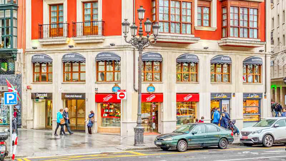 Hotel Arenal Bilbao - EDIT_FRONT_.jpg